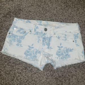 American Eagle Light Blue/ White Floral Shorts